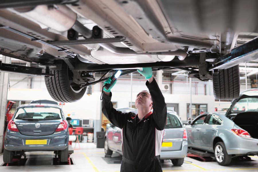 Si escuchas ruidos extraños cuando manejas, no dudes en llevarlo al mecánico