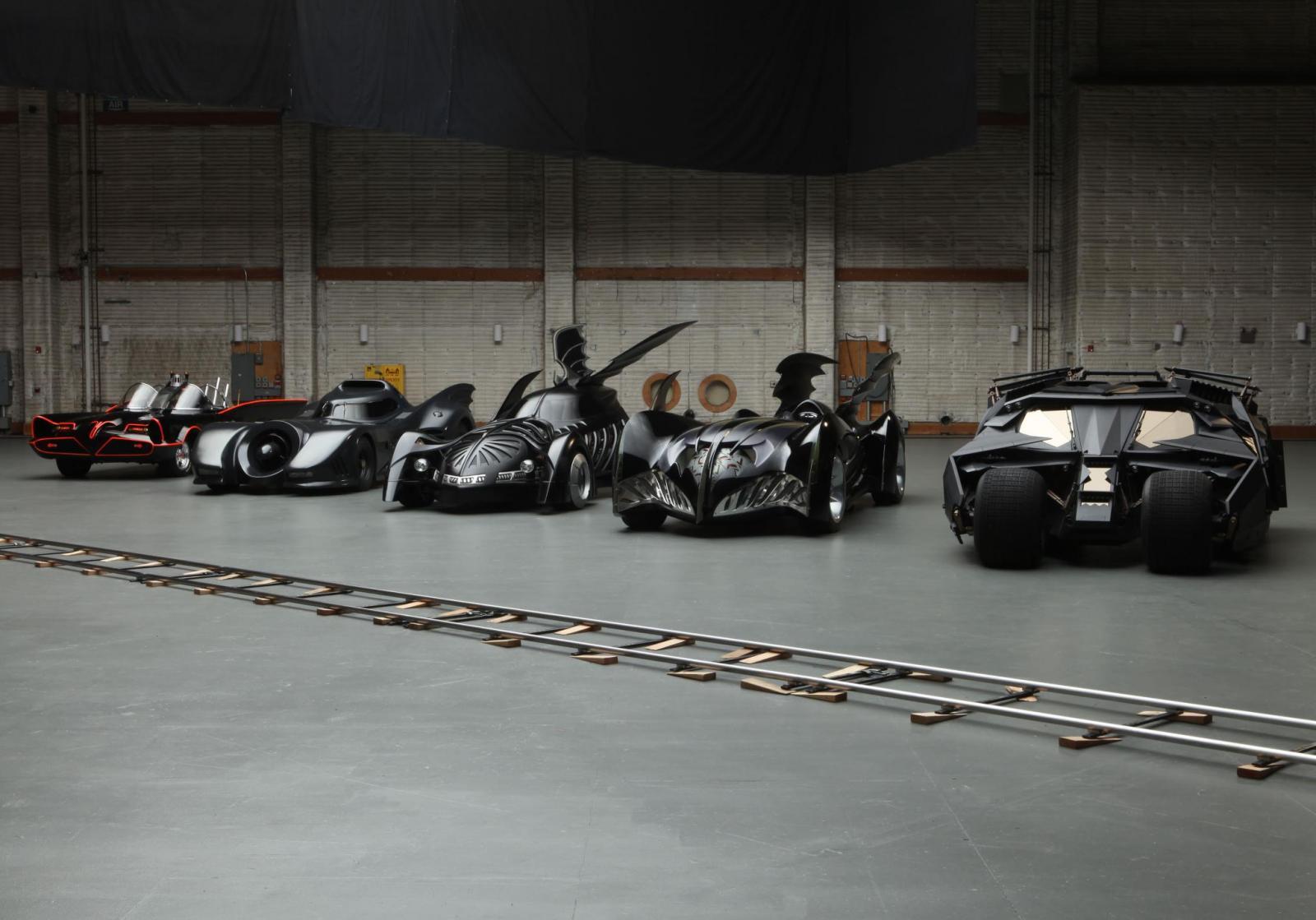 Los autos y motos más emblemáticos de los superhéroes