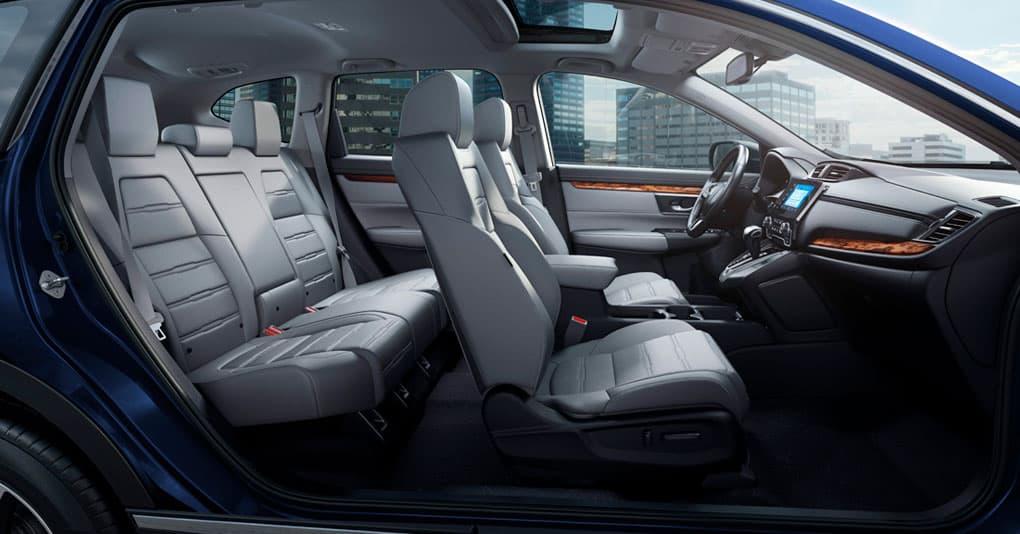 El sistema de seguridad de la Honda CR-V EX 2019 está muy completo
