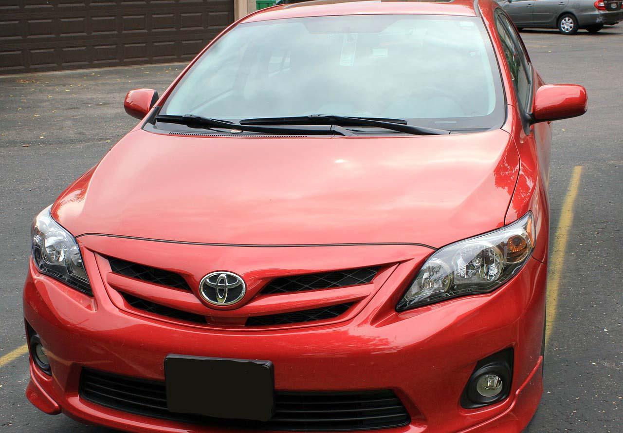 Nueva patente de Toyota usa gas lacrimógeno para evitar que se roben tu auto