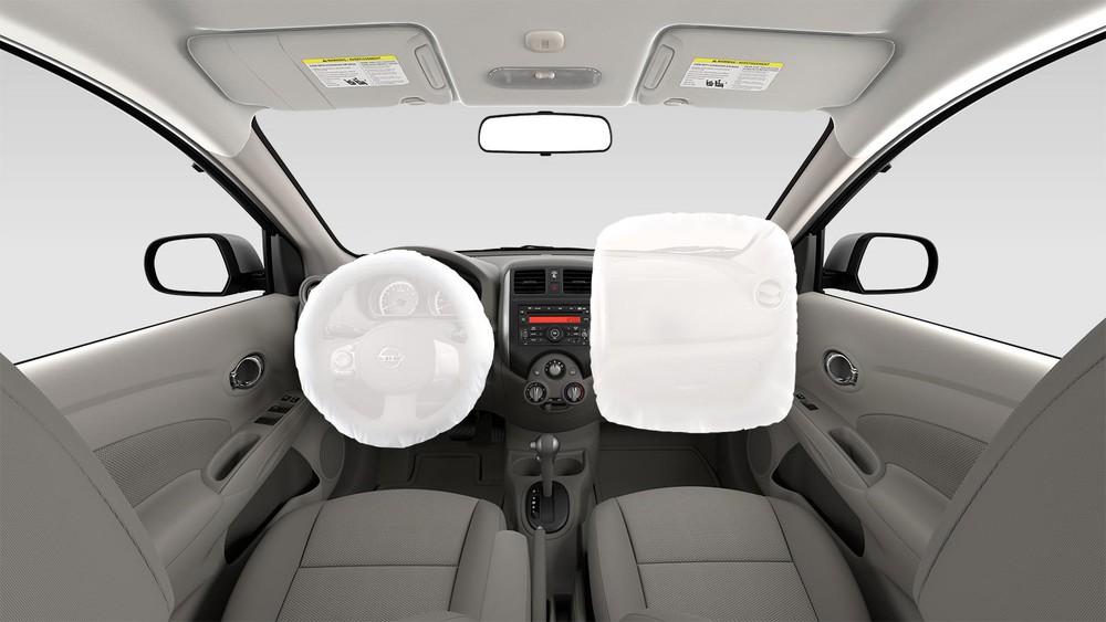 las bolsas de airefueron instaladas en el cubo del volante