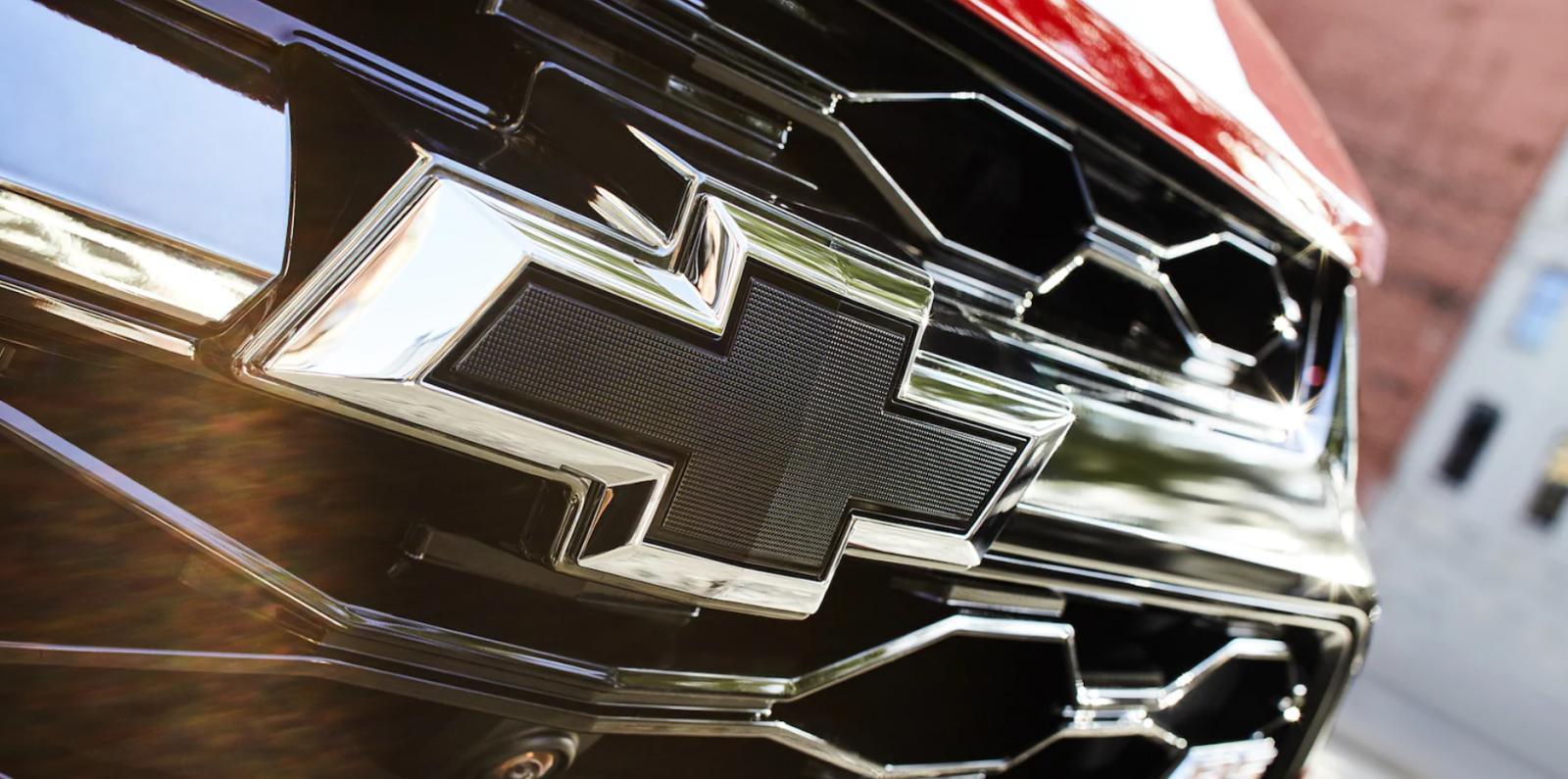 Chevrolet Blazer RS 2019 emblema negro