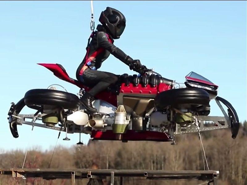 Lazareth LMV 496, la moto voladora emprende el vuelo