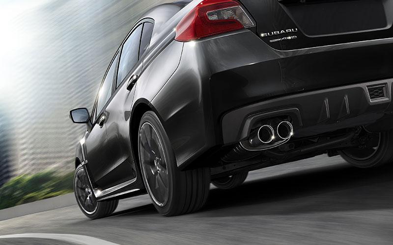 El Subaru WRX STI 2019 tiene sistema de escape dual