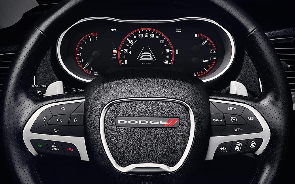 La experiencia de manejo de la Dodge Durango R/T 2019 es muy placentera