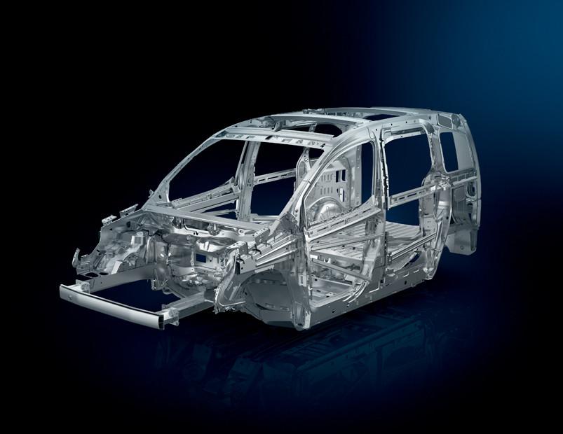 La seguridad de la Peugeot Partner Tepee precio en México es básica, pero promedio para la categoría