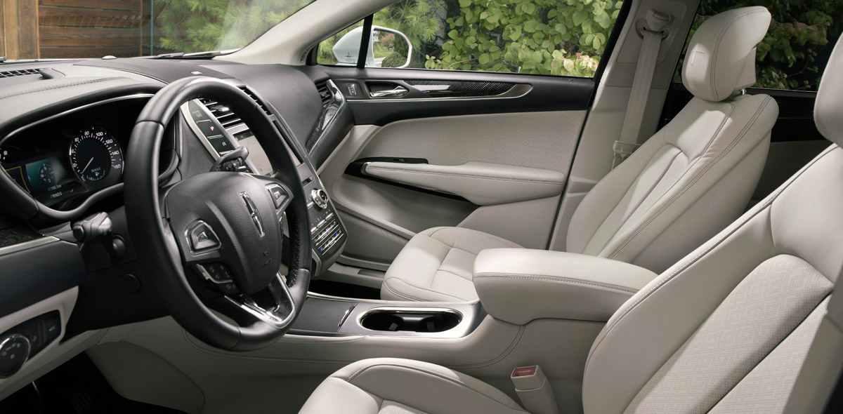 Lincoln MKC 2019 interiores