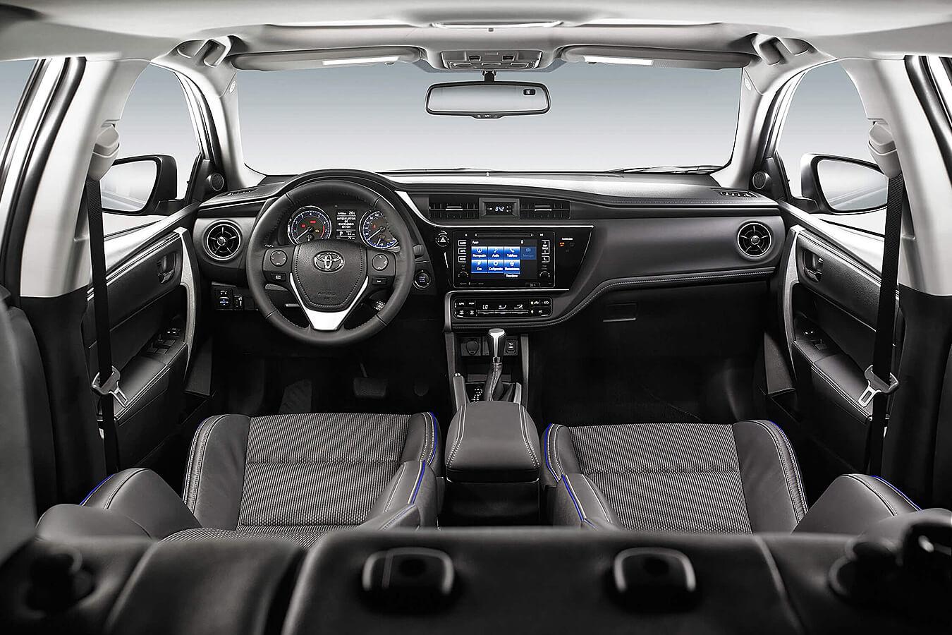 Una de las ventajas del Toyota Corolla SE Plus CVT 2019 es su gran espacio en el habitáculo