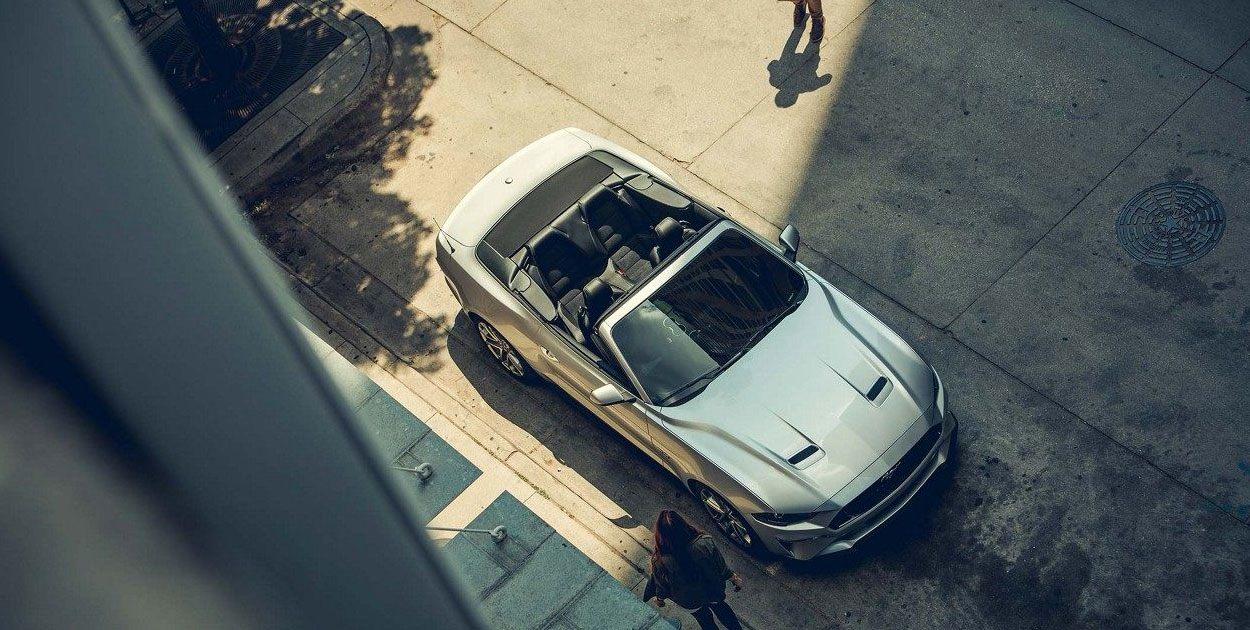 El Ford Mustang V8 TA Convertible 2019 luce muy equilibrado en diseño, confort y desempeño