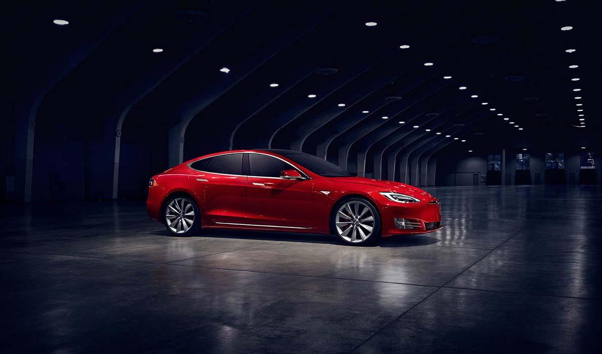 El Tesla Model S P100D genera 749 caballos de fuerza