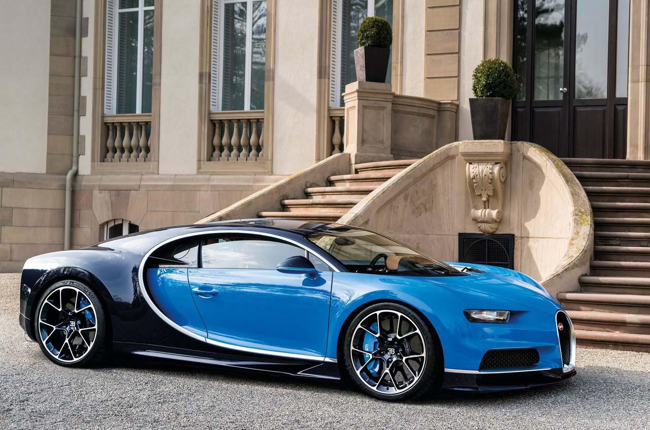 El Bugatti Chiron tiene un motor W16 de 8.8 litros en posición central