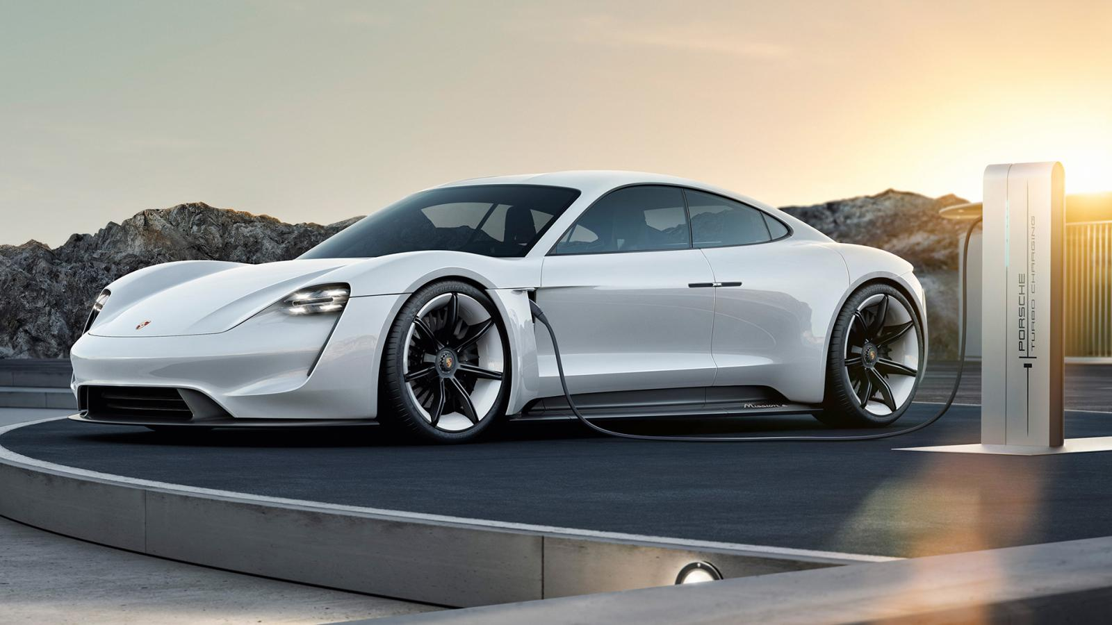El primer auto completamente eléctrico de la firma de Stuttgart ya tiene fecha de lanzamiento.