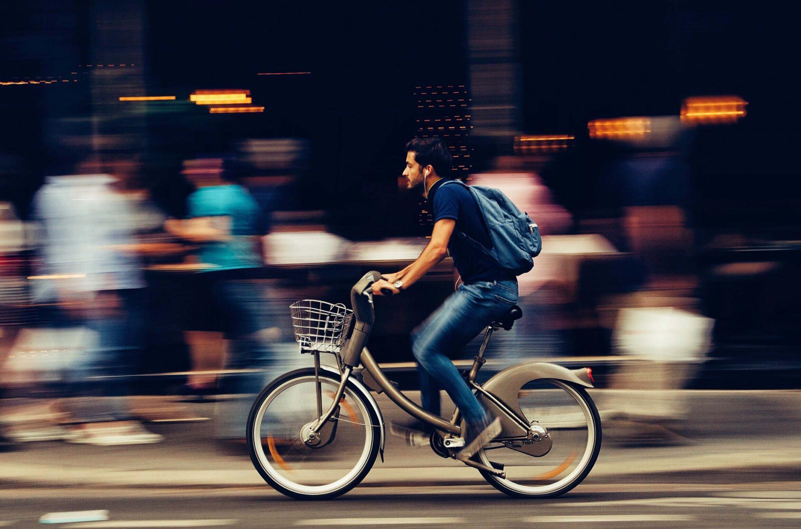 Los británicos se pueden mover en bicicleta