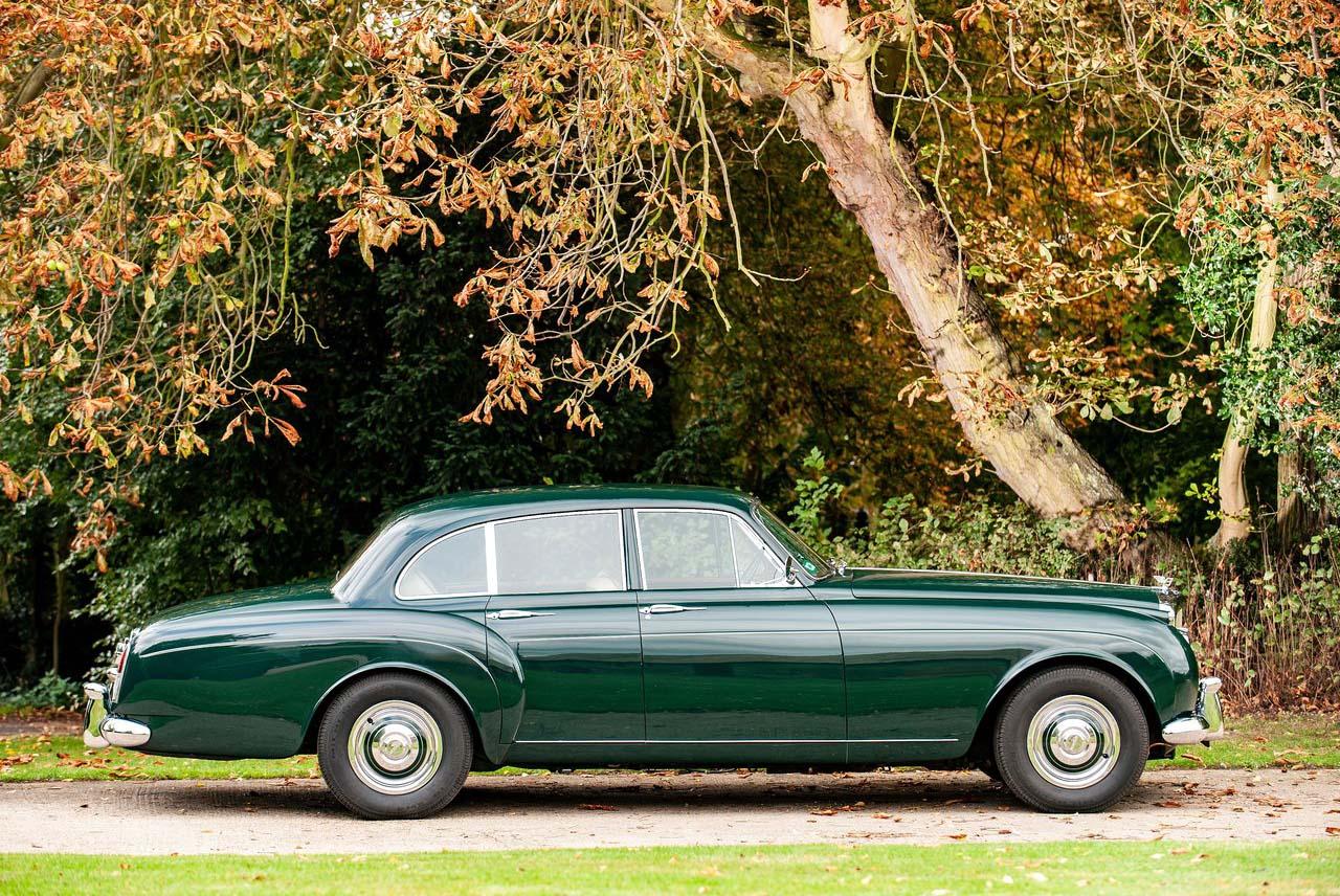El Bentley Continental S2 Flying Spur cumple 60 años