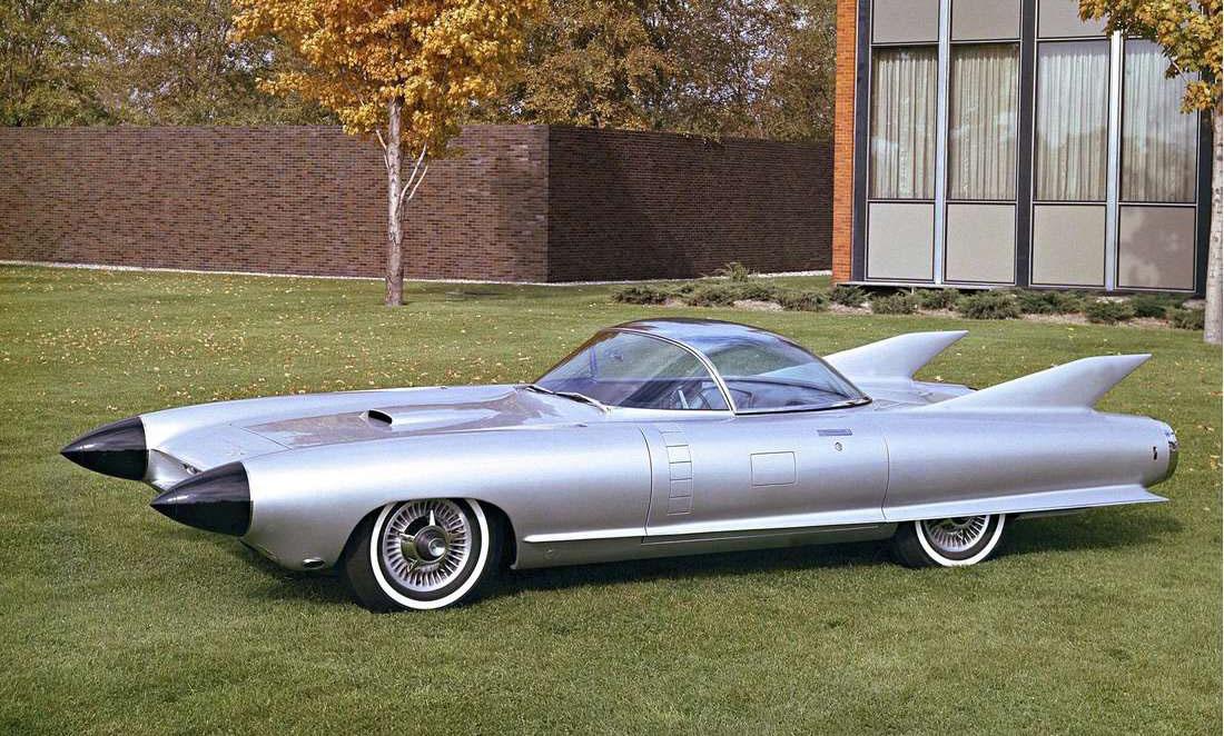 Harley Earl diseñó el prototipo del Cyclone 1959 para Cadillac