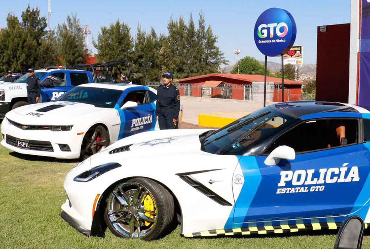 La policía de Guanajuato le dio uso a los autos decomisados