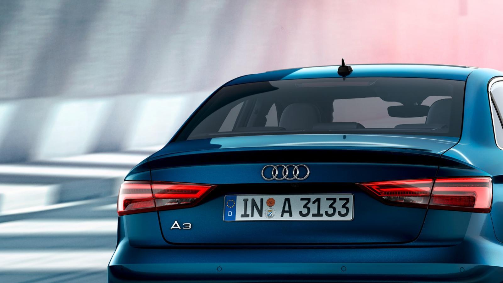 Audi A3 trasero