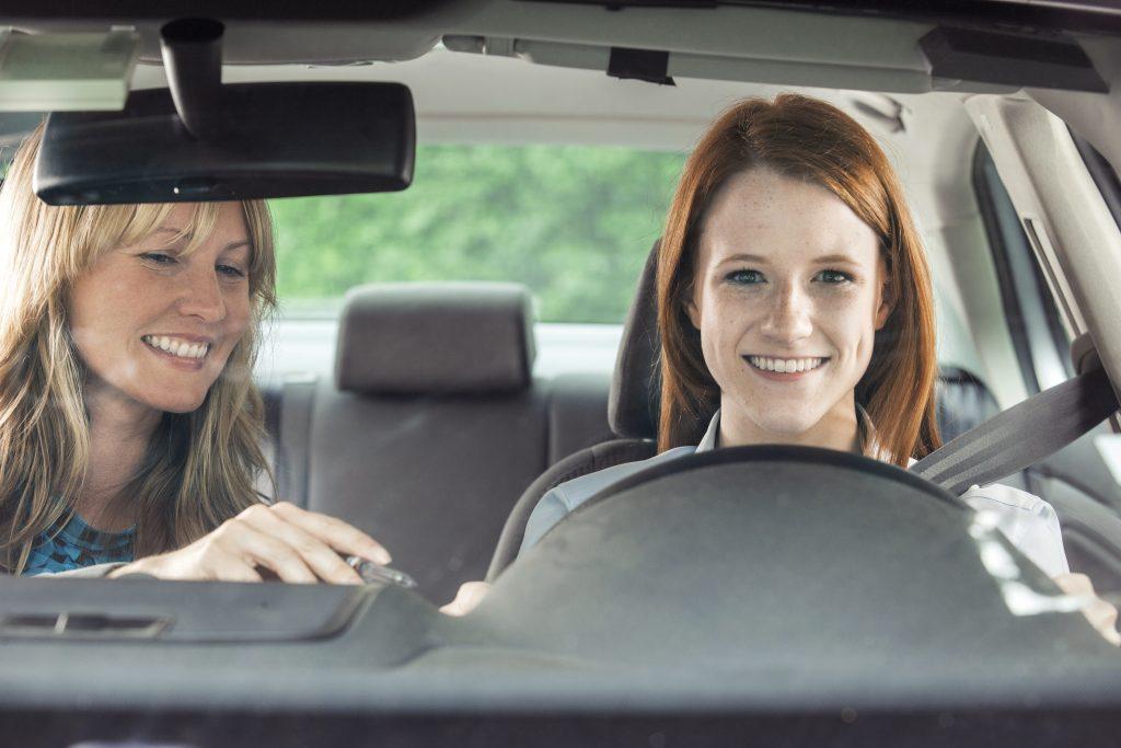 Tips para enseñar a conducir