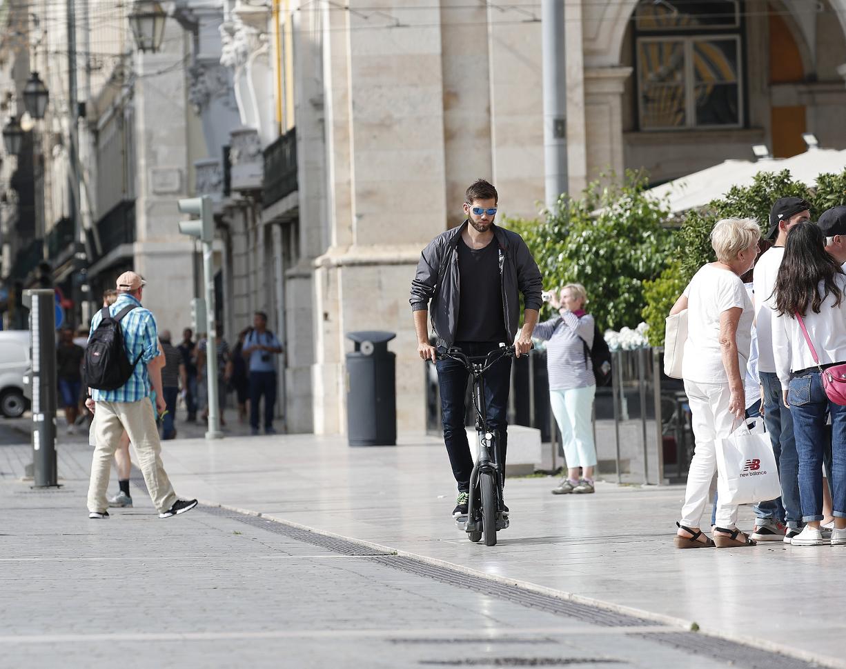 BMW también entra a la tendencia urbana con el X2City