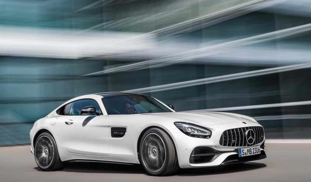 El Mercedes-Benz AMG-GT es el más emblemático de la marca