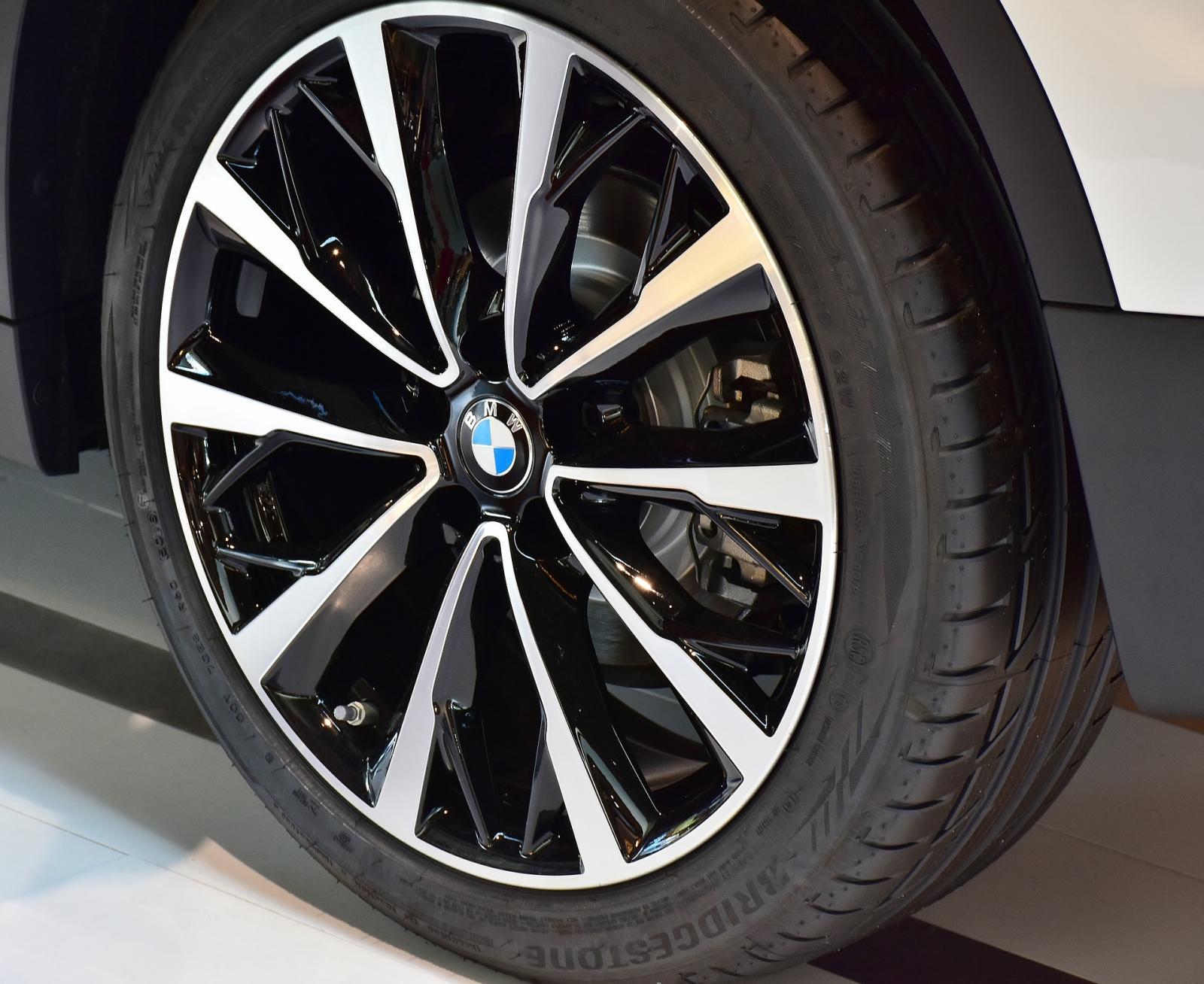 Rines coche BMW