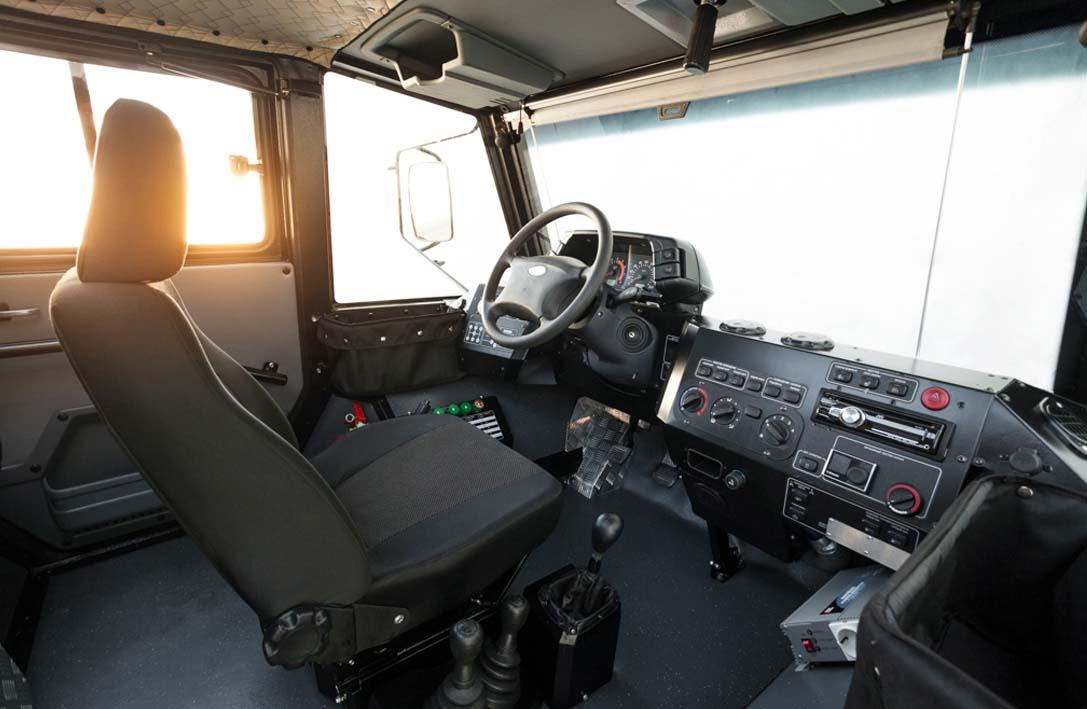 El interior de la Technoimpulse Rocket Z tiene solo un asiento al frente