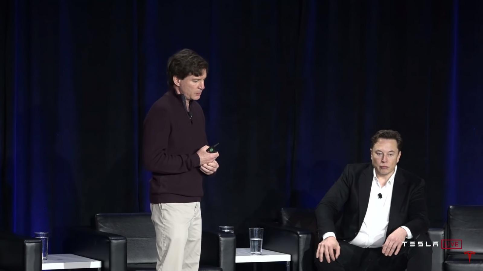 Elon Musk y Pete Bannon