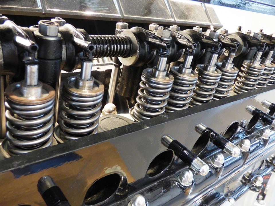 La cilindrada se determina por la capacidad volumétrica de cada cilindro multiplicada por el número total de estos