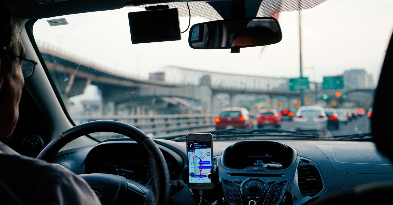 El valor del auto sería factor para trabajar en Uber