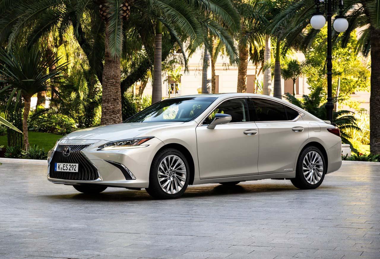 El Lexus ES es el sedán mediano de Lexus que llegará a México