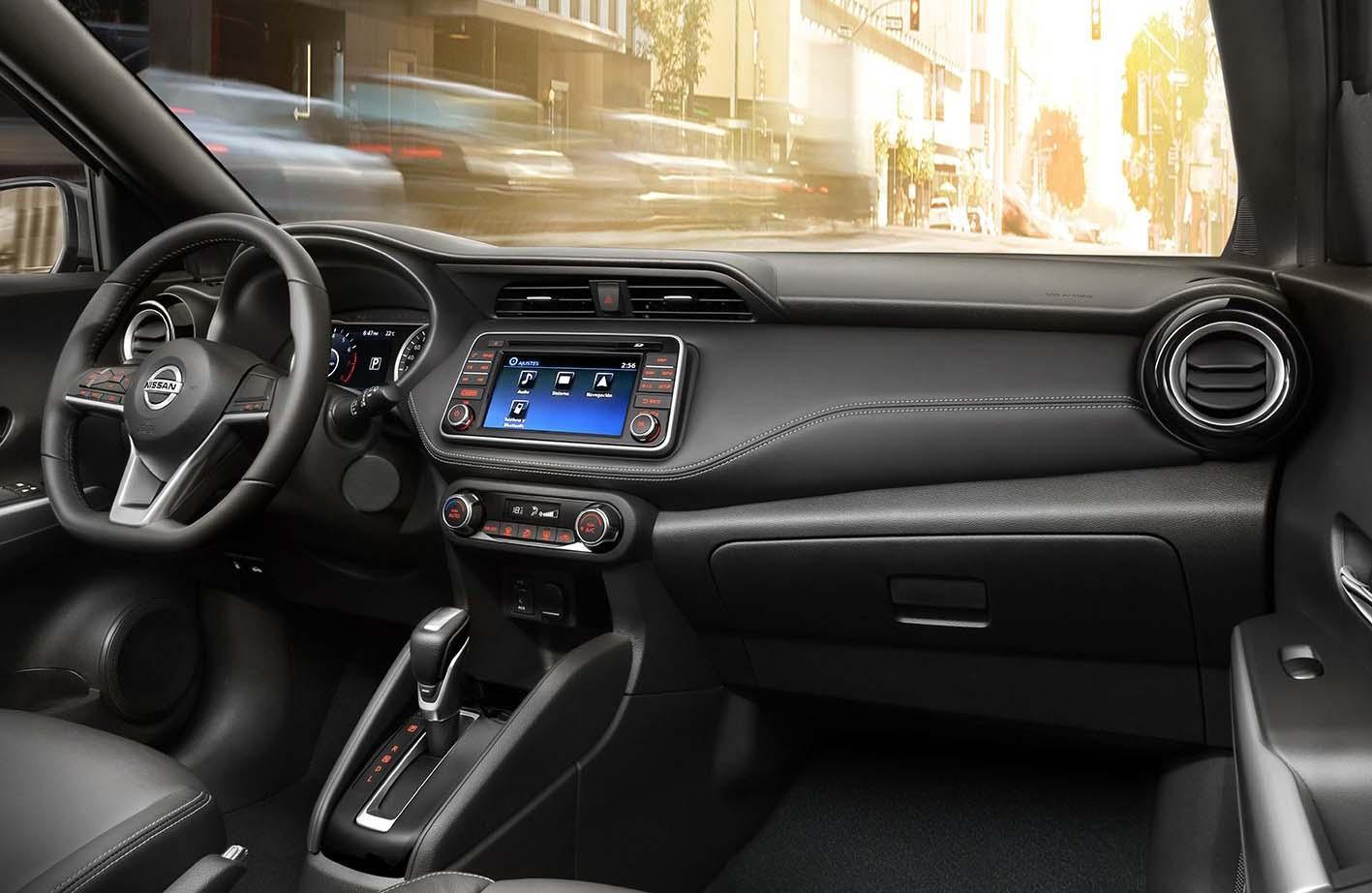 El interior de la Nissan Kicks está enfocado en el confort