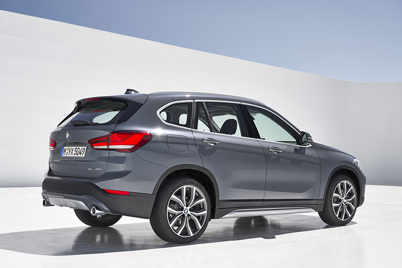 bmw x1 2020 lateral