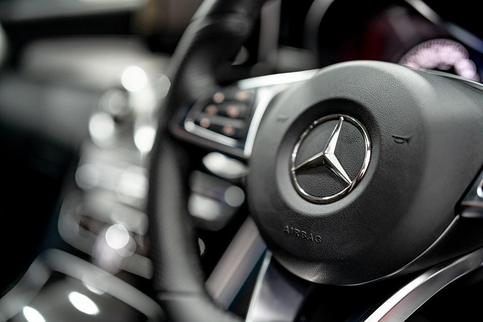 El Mercedes EQE forma parte de la estrategia de electrificación agresiva de la marca