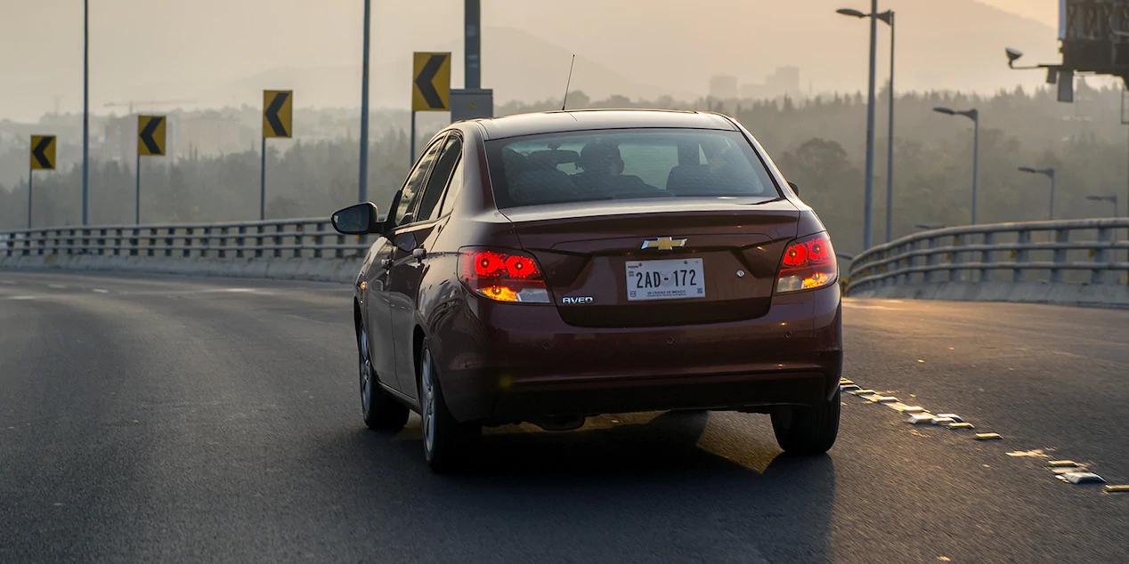 El Chevrolet Aveo 2020 precio en México ofrece buenos números en rendimiento de combustible