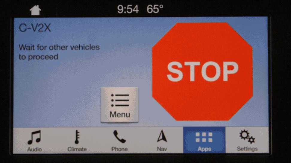 Sistema infotenimiento Ford alerta