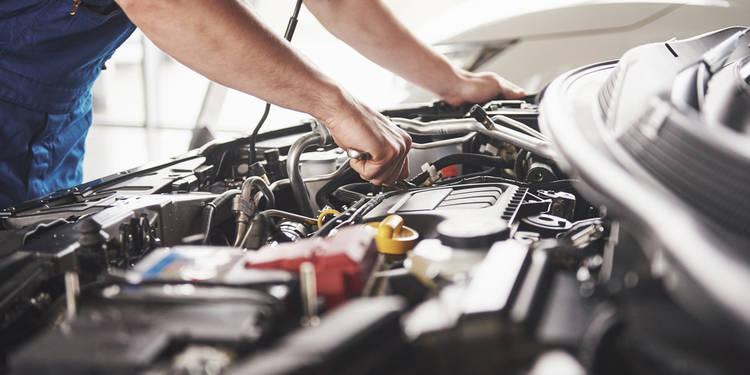 ¿Es recomendable el uso de aditivos para el motor?