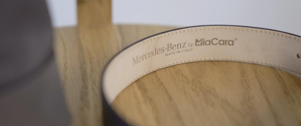 Collar Mercedes-Benz MiaCara