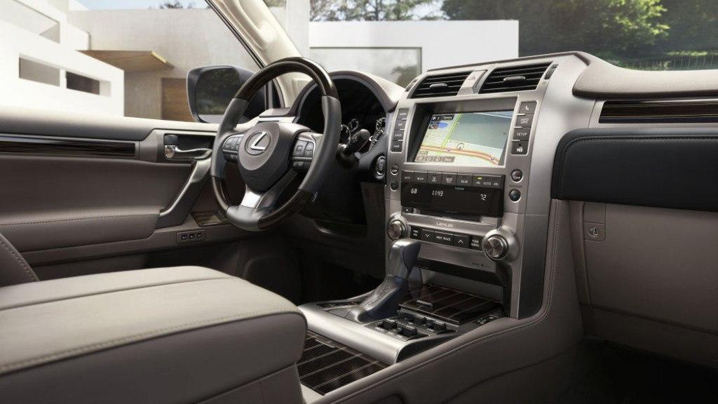 La Lexus GX 460 2020 también cuenta con un nuevo sistema de infotenimiento