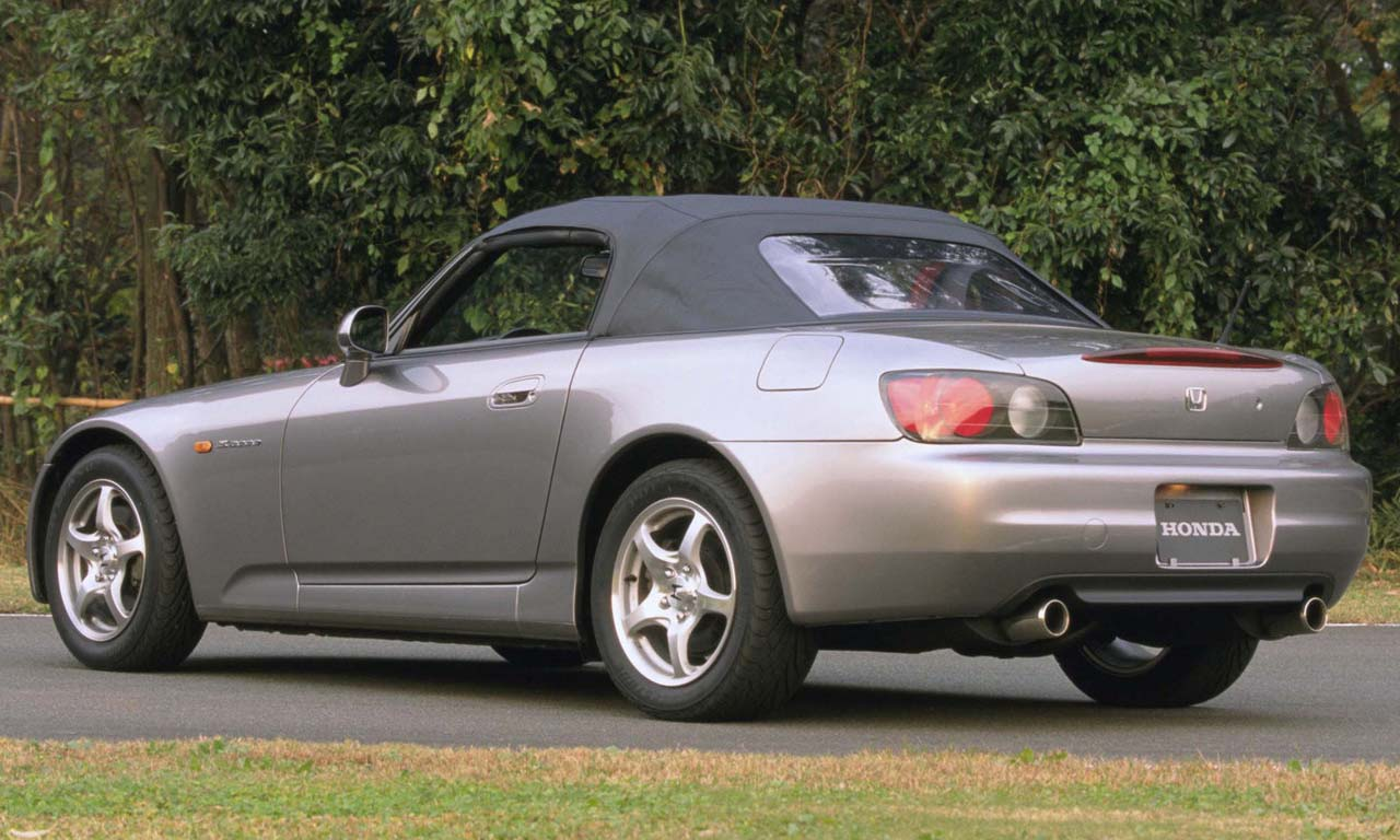 El Honda S2000 de 1999 fue de los primeros autos en encenderse con solo presionar un botón