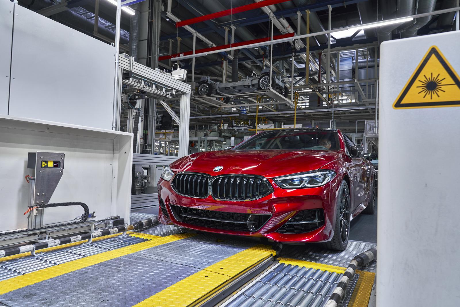 BMW Serie 8 línea de producción
