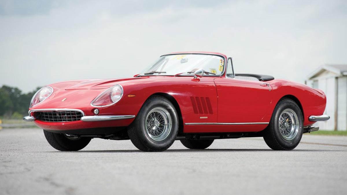 Del Ferrari 275 GTB/4 S NART Spider 1967 solo se hicieron 10 unidades
