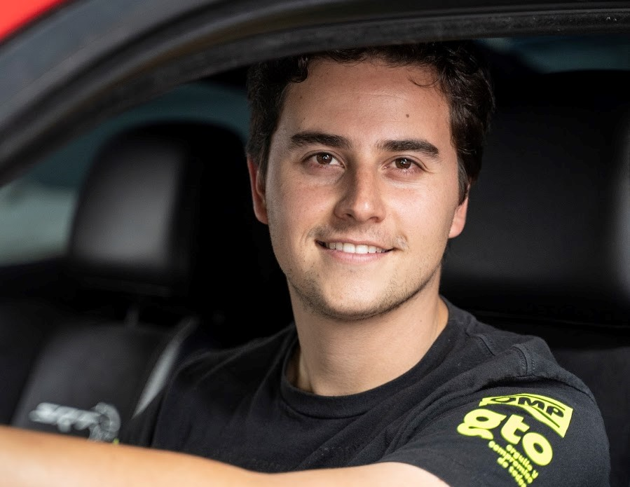 Entrevista a Fercho Urquiza, youtuber mexicano entusiasta de los automóviles