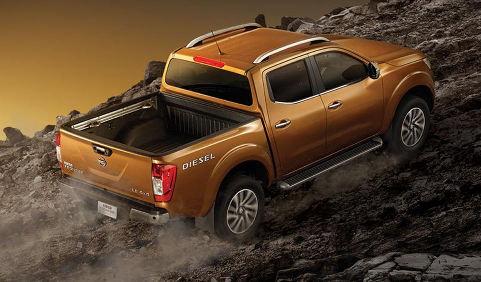 La Nissan NP300 Frontier 2020 precio en México llega con 2 tipos de motor dependiendo de la versión