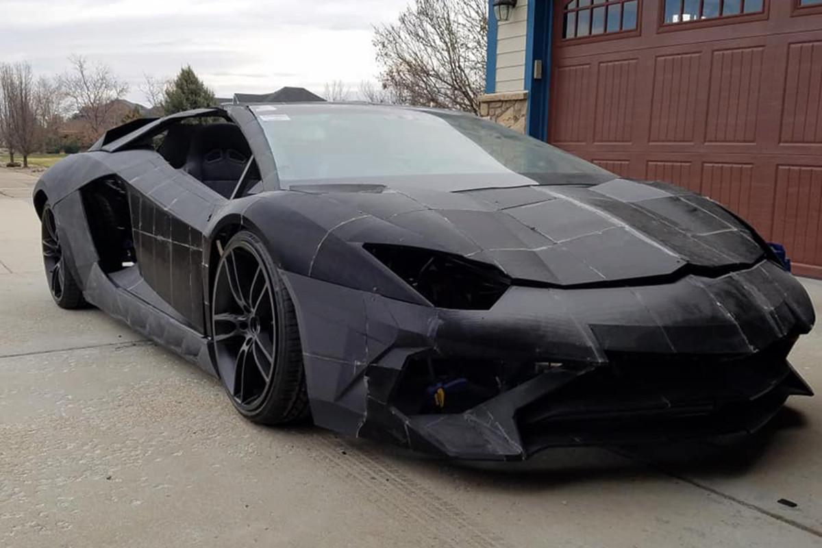 Lamborghini Aventador impreso