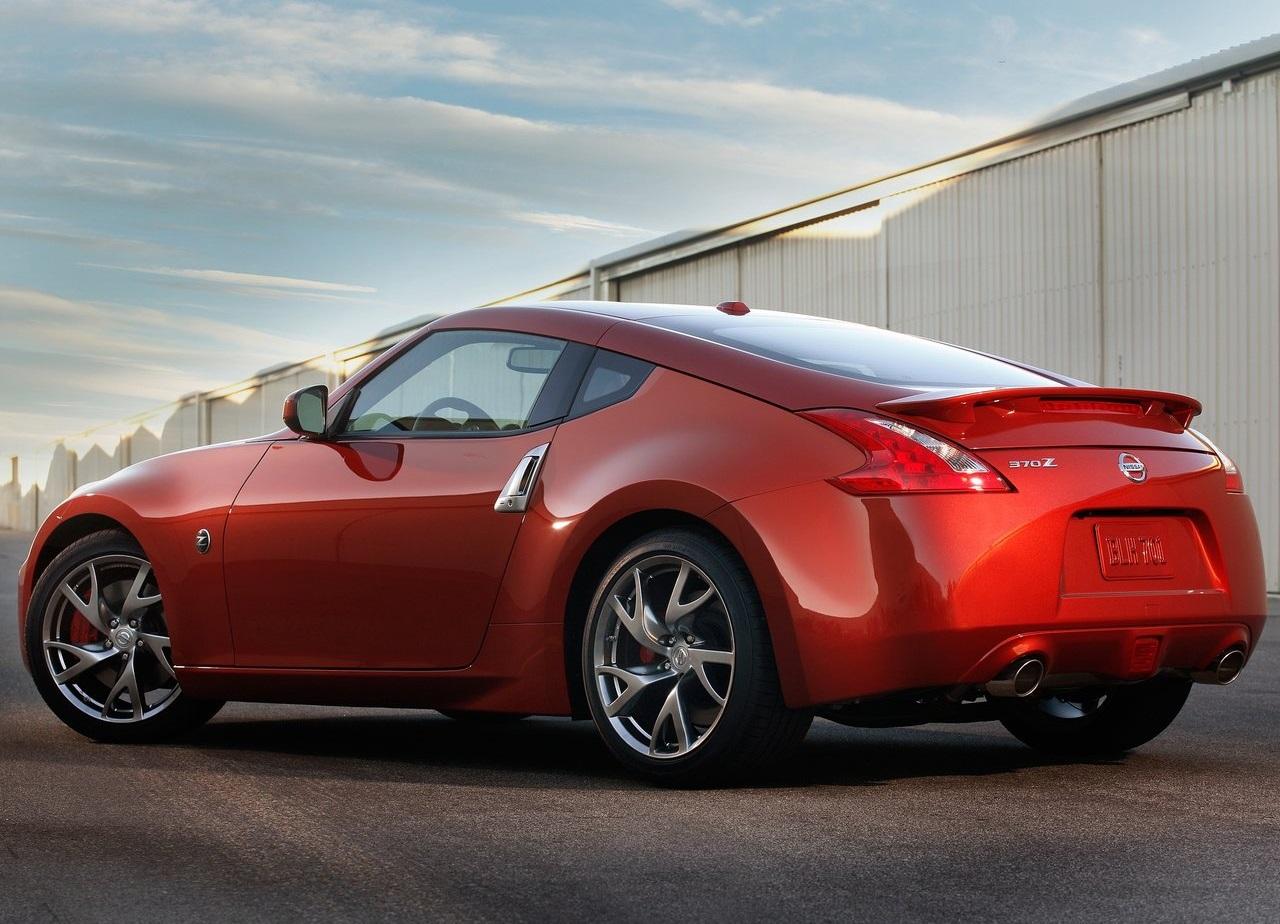 Nissan 370Z Touring resena ventajas desventajas