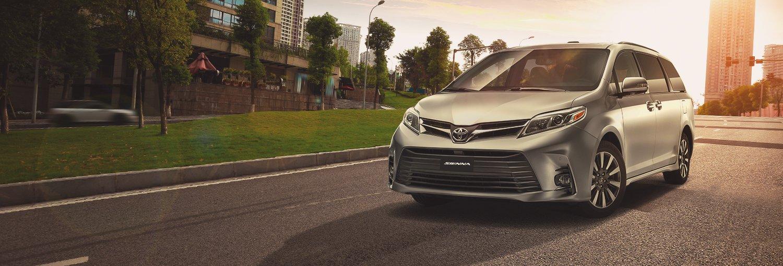 La Toyota Sienna Ltd 2020 resena ventajas desventajas propone un viaje cómodo, incluso para trayectos largos
