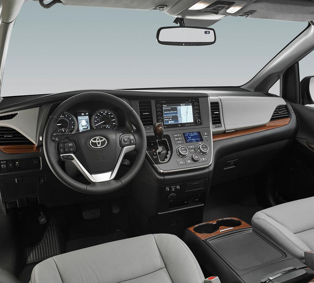 La Toyota Sienna Ltd 2020 resena ventajas desventajas destaca por su equipamiento tecnológico, pese a que todavía tiene margen de mejora