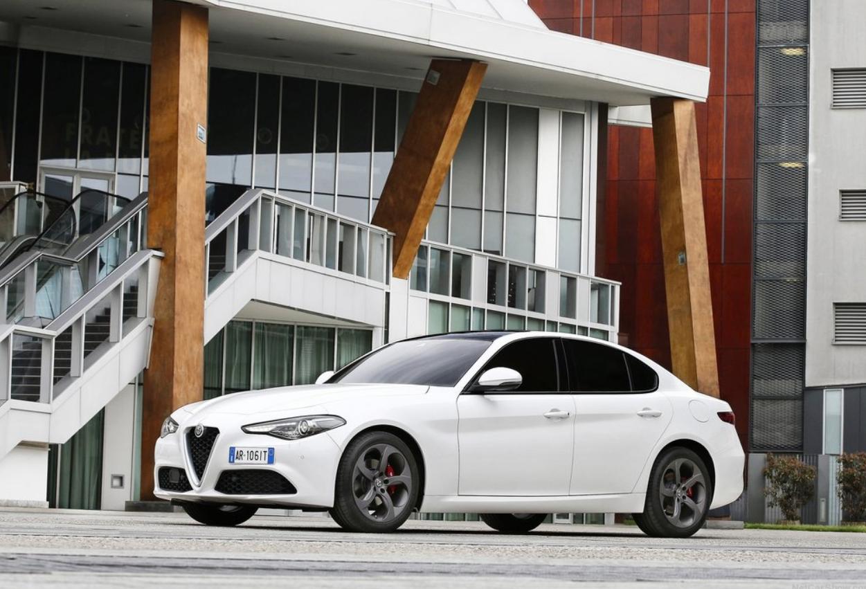 Lancia vende más autos que Alfa Romeo, incluso aunque la primera marca solo se comercializa en Italia