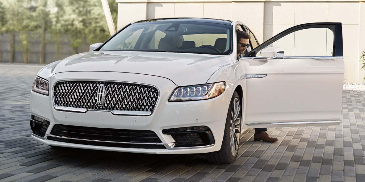 El Lincoln Continental 2019 es un auto que cumple con cada una de las expectativas