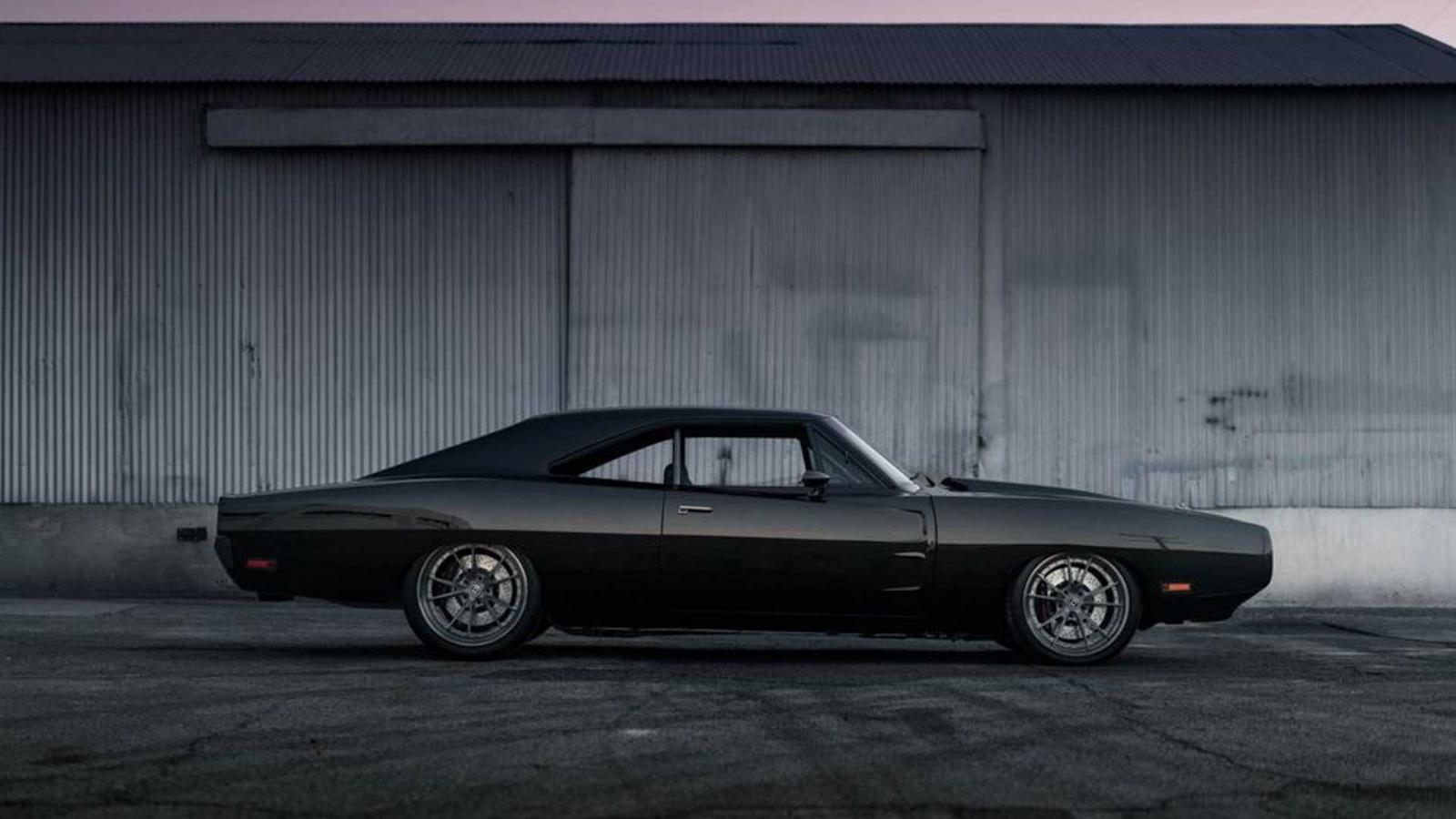 Vin Diesel recibe de cumpleaños un Dodge Charger 1970